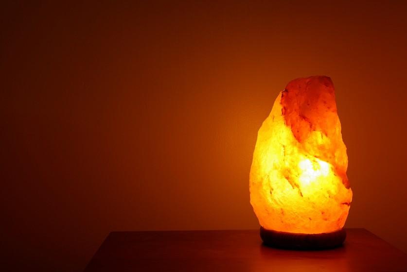 bigstock-relaxing-salt-lamp-3179563-837x560